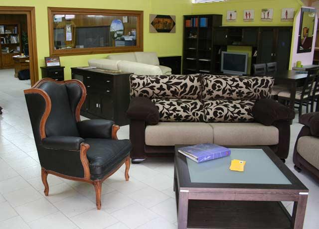 Muebles montero muebles de casta o herv s for Muebles hervas